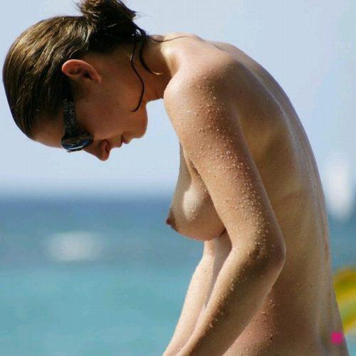 ヌーディストビーチ 画像029