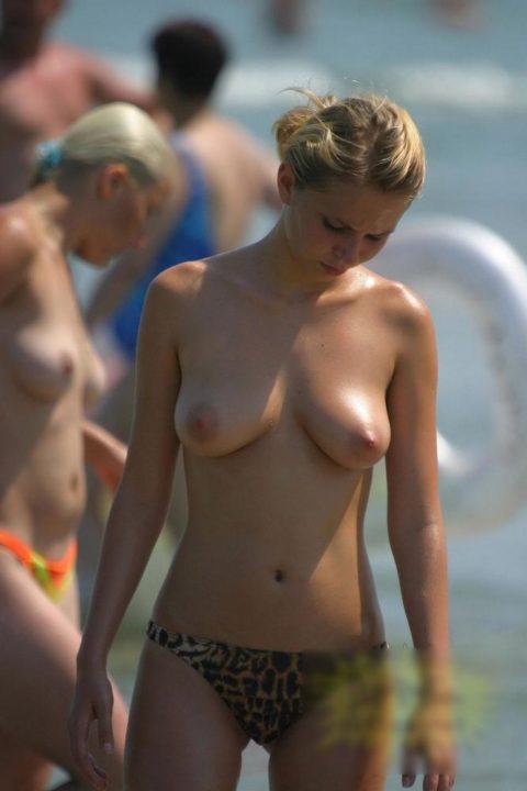 ヌーディストビーチ 画像046