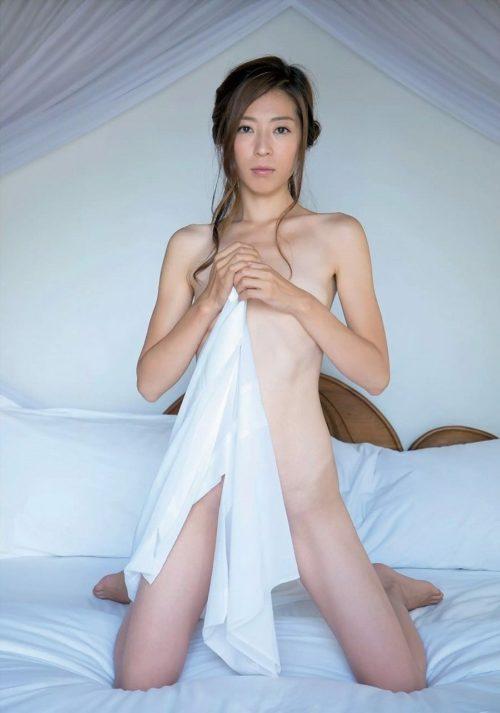 中村愛美 画像099