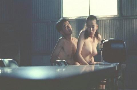 鈴木砂羽 画像027
