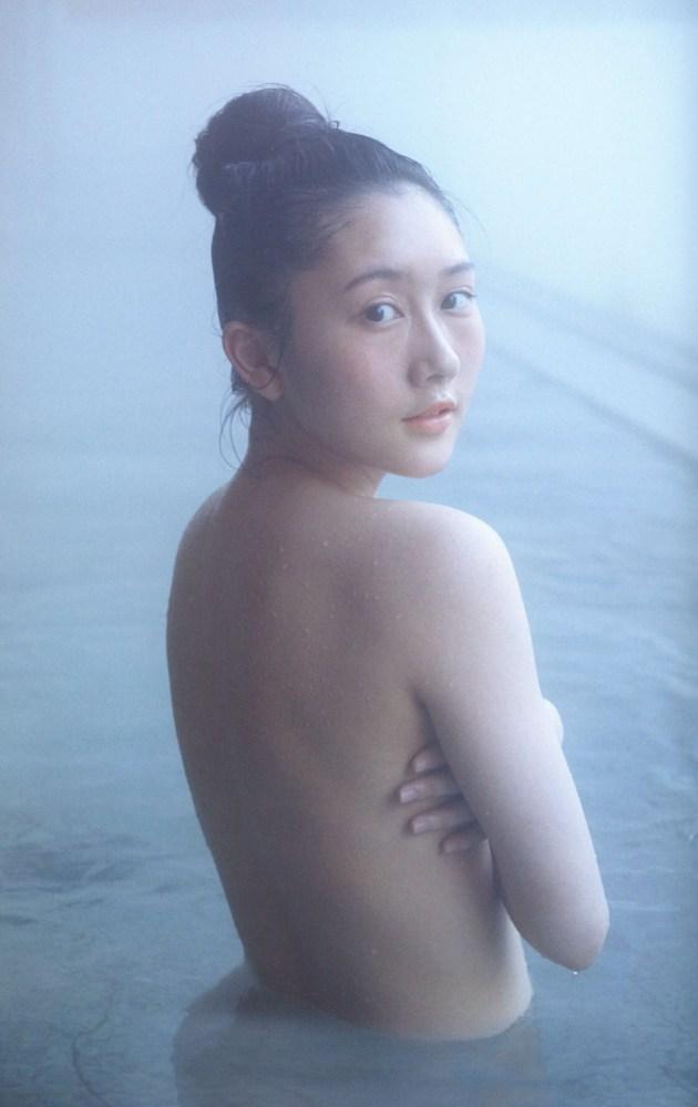 矢倉楓子 画像103枚!写真集「だいすき」のヌード&水着エロ画像!
