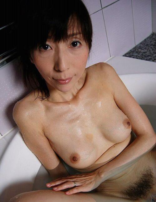 熟女入浴 画像018