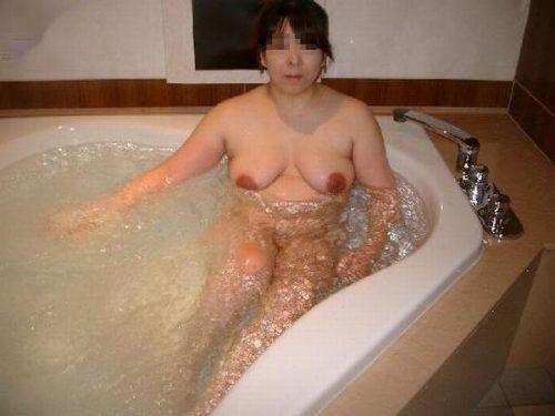 熟女入浴 画像089