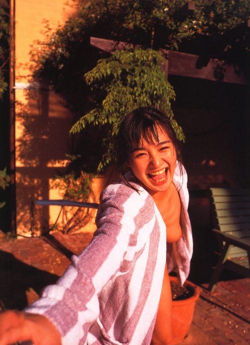 西尾悦子 画像062
