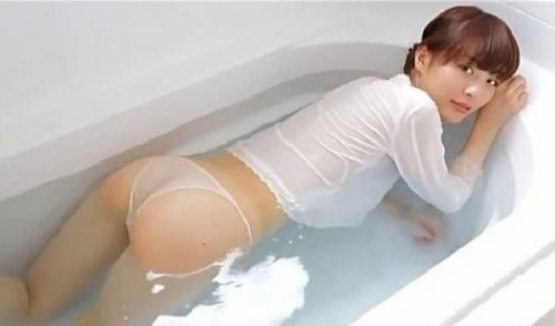 内田理央 ヌード079