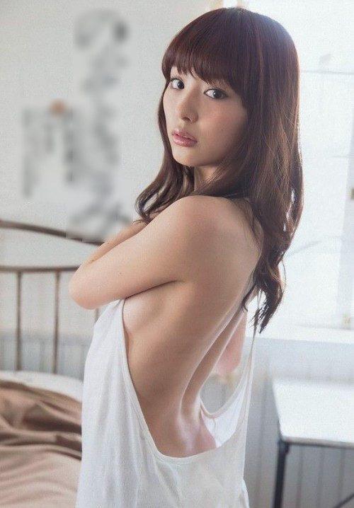 内田理央 ヌード089
