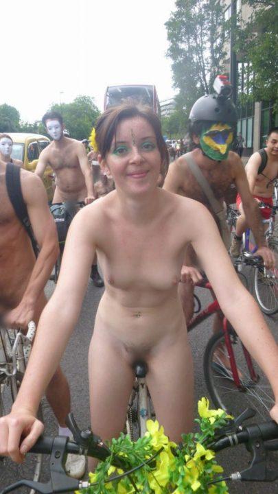 全裸サイクリング 画像031