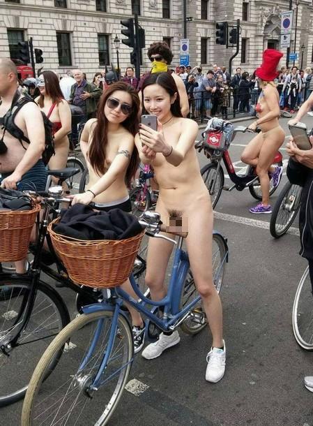 全裸サイクリング 画像032