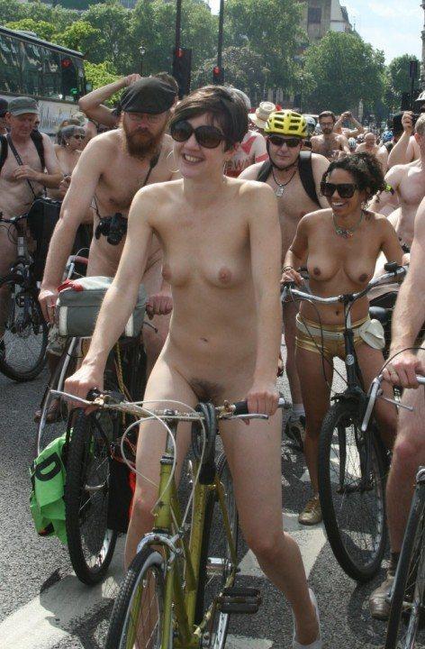 全裸サイクリング 画像066