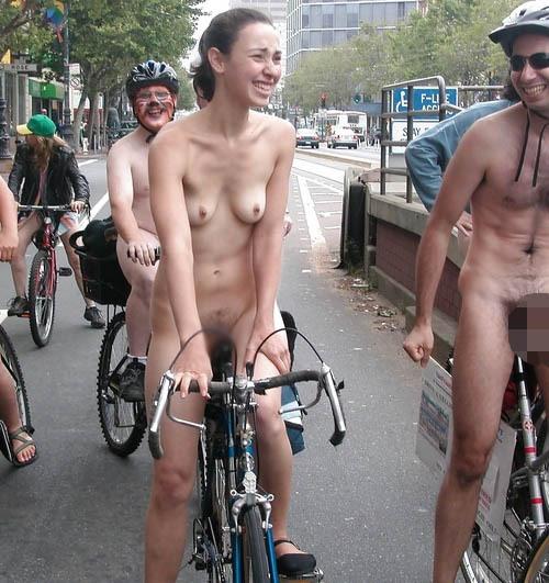 全裸サイクリング 画像070