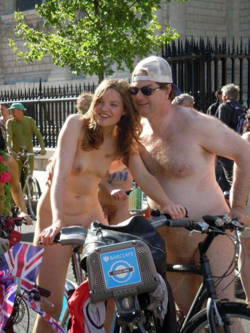 全裸サイクリング 画像102