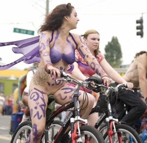 全裸サイクリング 画像111