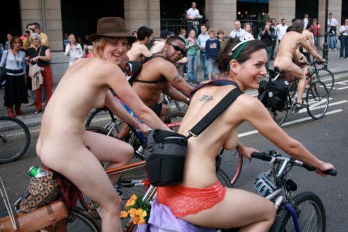全裸サイクリング 画像126