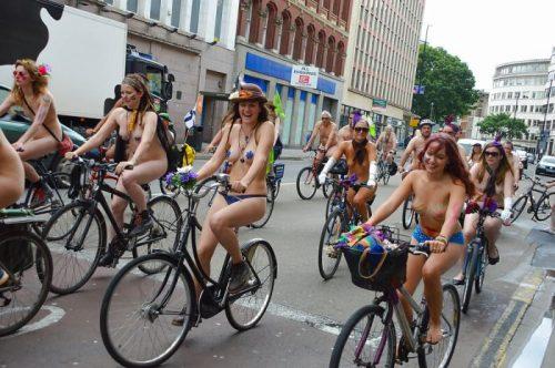 全裸サイクリング 画像137