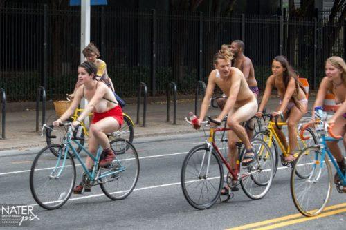 全裸サイクリング 画像171
