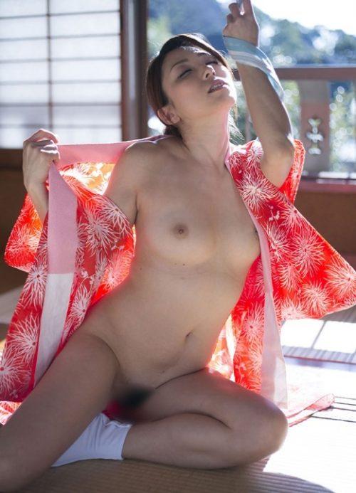 熟女ヌード 画像006