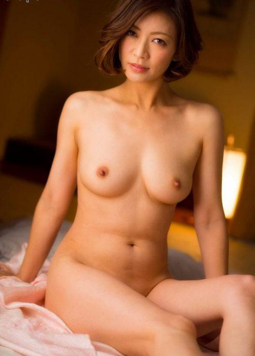 熟女ヌード 画像018