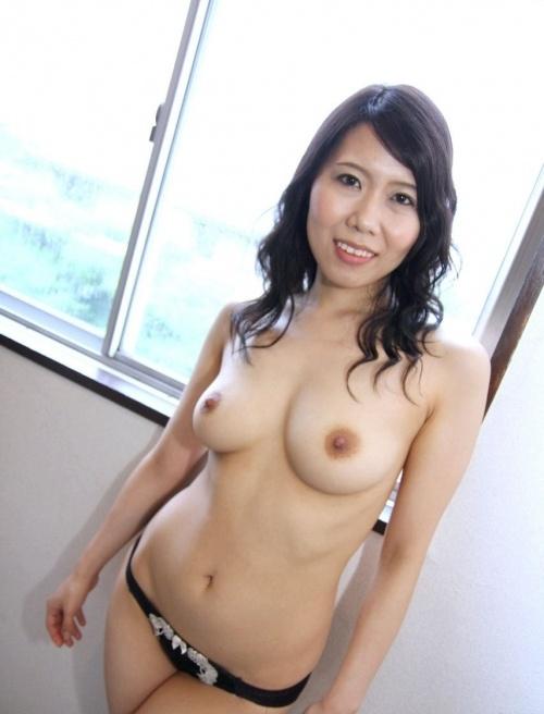 熟女ヌード 画像032