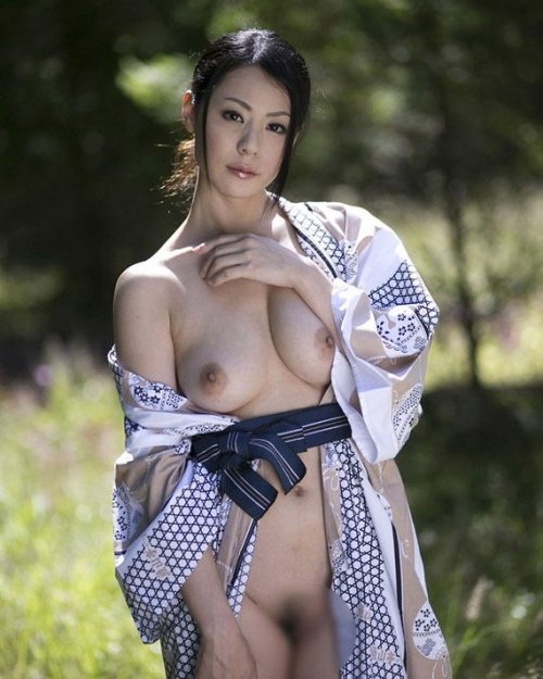 熟女ヌード 画像035