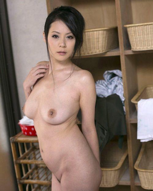 熟女ヌード 画像041
