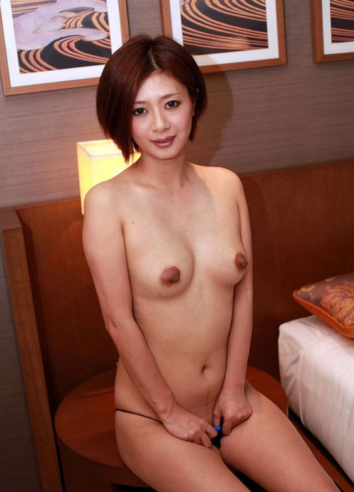 熟女ヌード 画像045