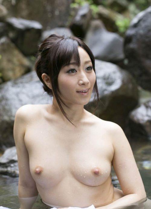 熟女ヌード 画像058