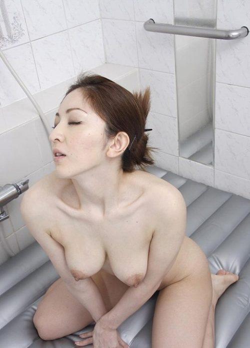 熟女ヌード 画像063