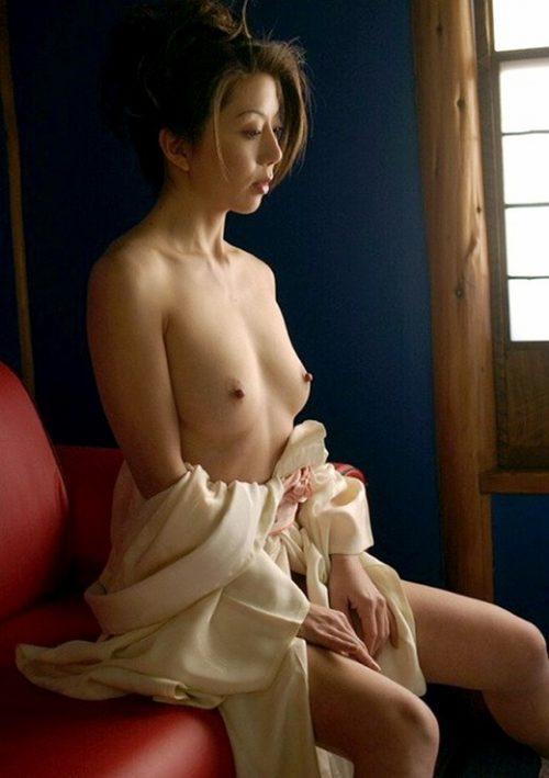 熟女ヌード 画像082