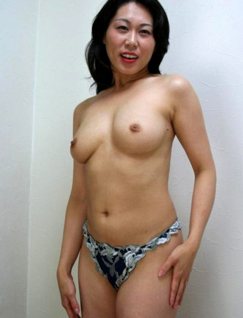 熟女ヌード 画像098