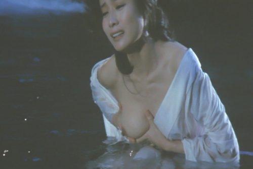 小柳ルミ子 ヌード画像084