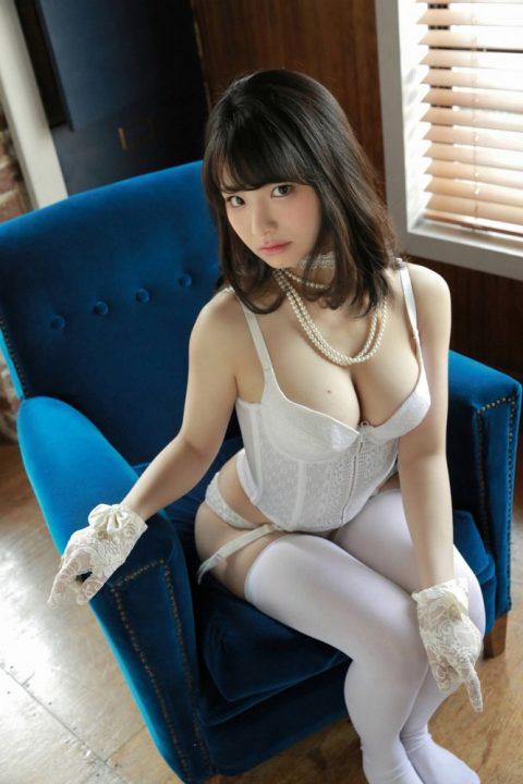片岡沙耶 画像029