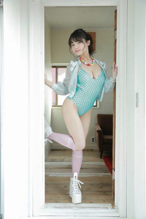 片岡沙耶 画像060