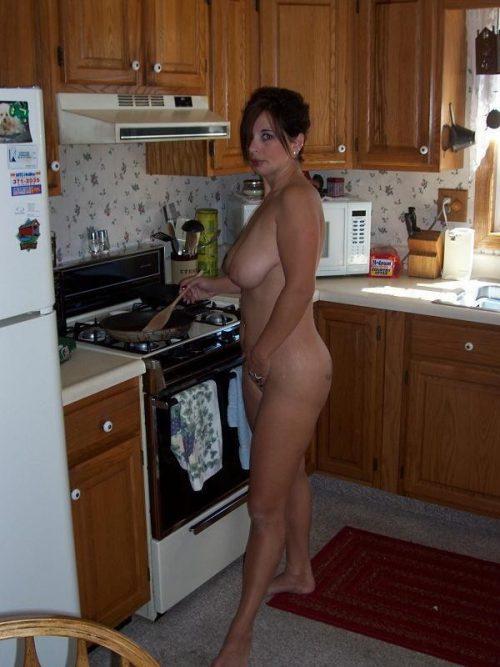 裸キッチン 画像033