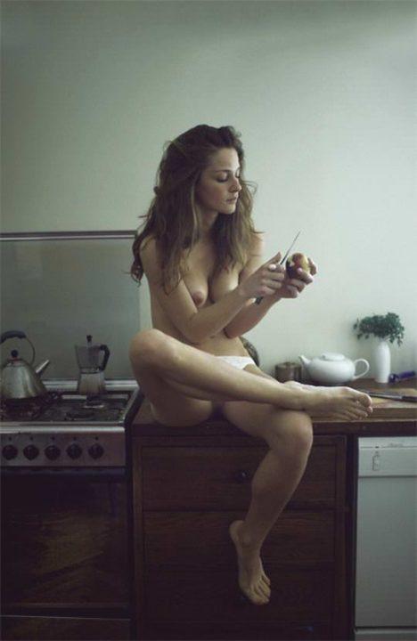 裸キッチン 画像065
