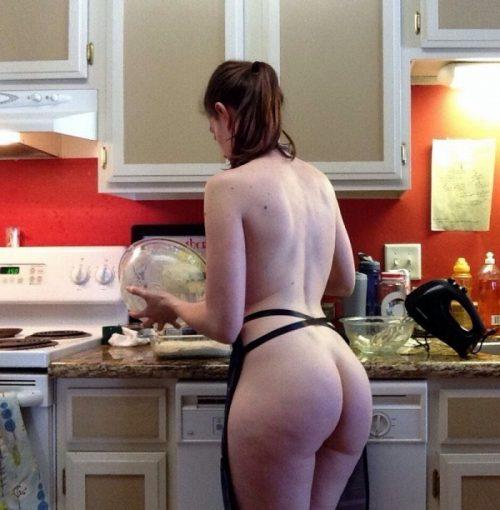 裸キッチン 画像068