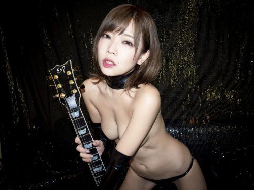 藤田恵名 画像008