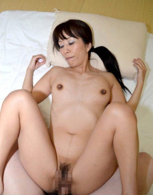 熟女セックス 画像067