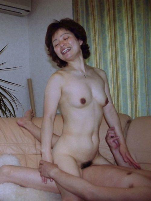 熟女セックス 画像074