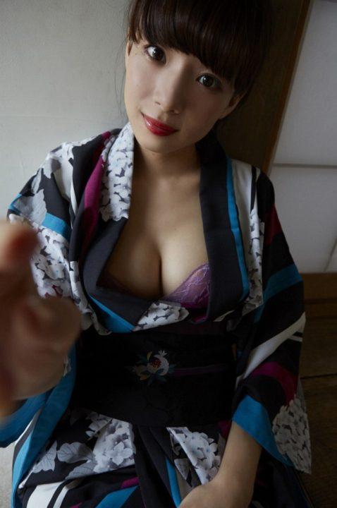 岡田紗佳 画像054