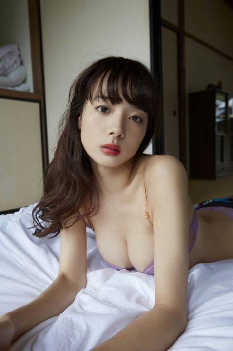 岡田紗佳 画像056