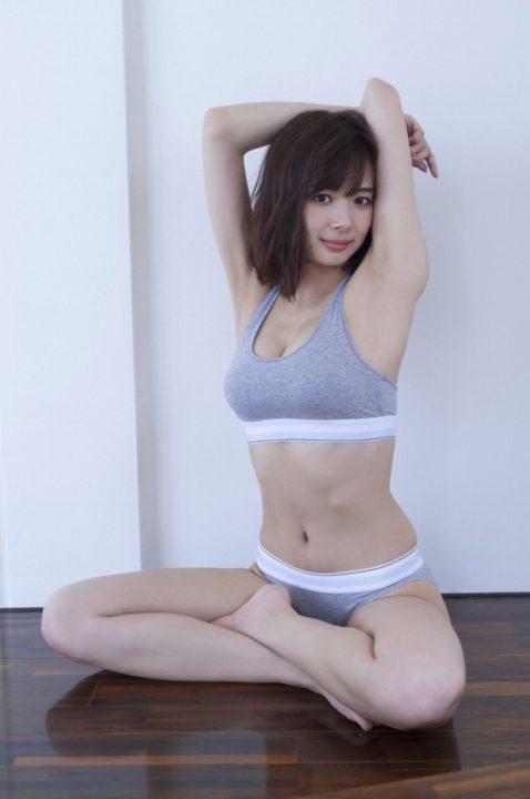 岡田紗佳 画像058