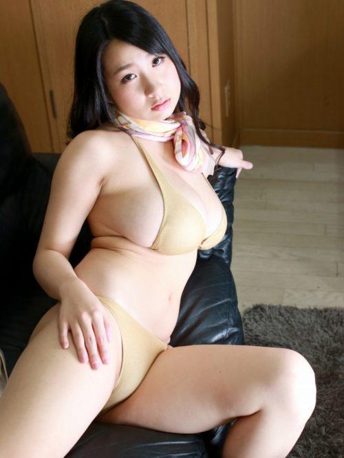 桐山瑠衣 画像043