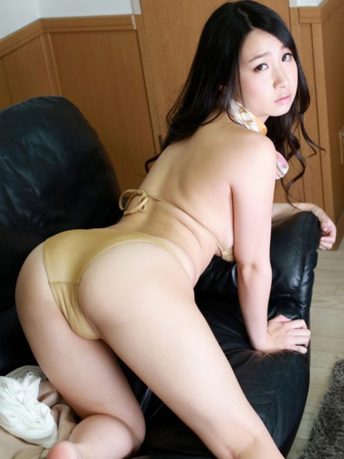 桐山瑠衣 画像047