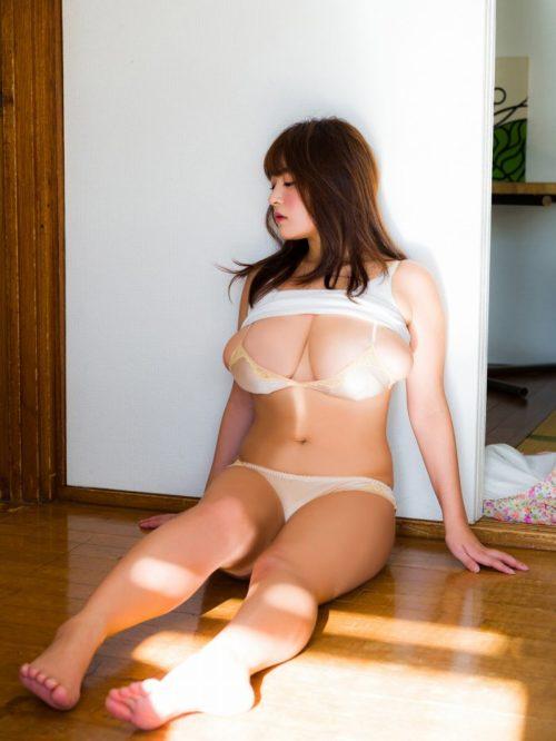 柳瀬早紀 画像011