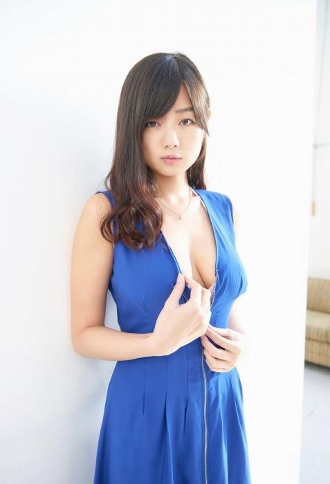 片山萌美 画像010