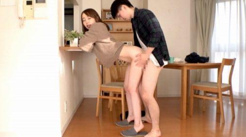 篠田ゆう 画像039