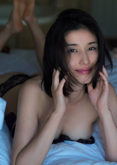橋本マナミ 画像004