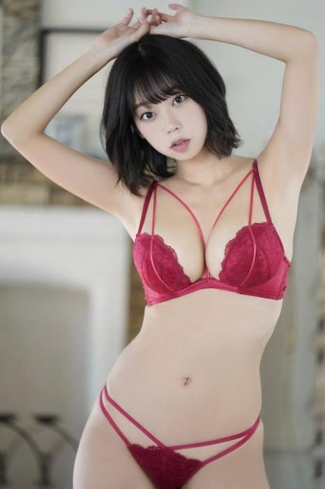 青山ひかる 画像002