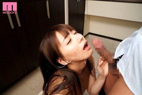 初川みなみ 画像008
