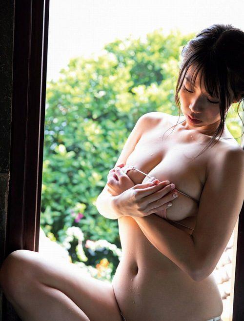鈴木ふみ奈 画像003
